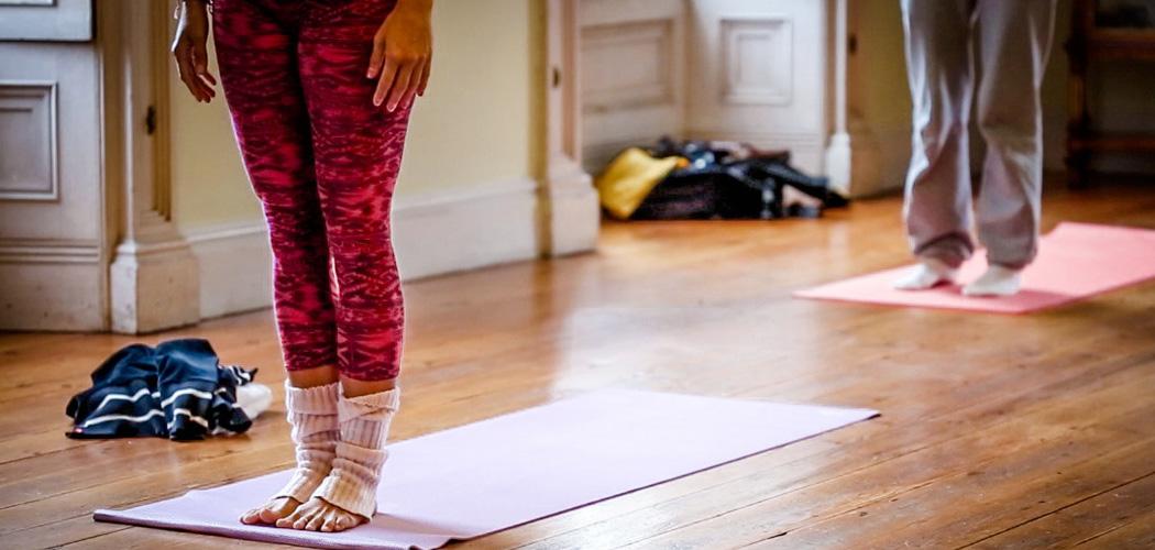 Yogasession im Manor